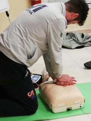 Defibrillatore: il CSI ha formato 1800 persone. E dà il via a nuovi corsi