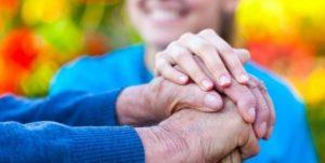 I caregiver vogliono più diritti (e più servizi) per i loro cari