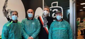 I volontari della Protezione Civile di Concordia in supporto al punto vaccinale di Mirandola